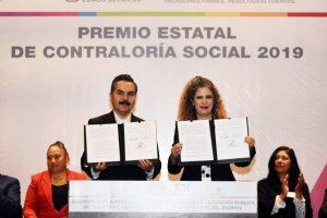 Firma del convenio de colaboración materia de Contraloría Social